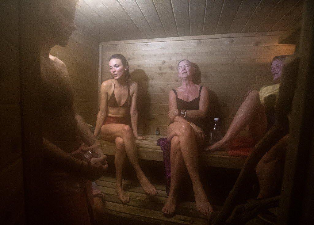 может быть секс в сауне скрытую камеру уже выдержал