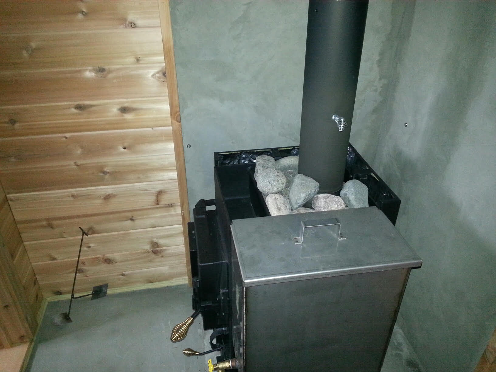 Diy wood burning sauna stove do it your self for Build a wood burning sauna