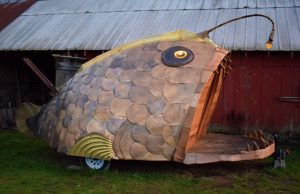 Mobile Anglerfish sauna bends the rules of conventional sauna building