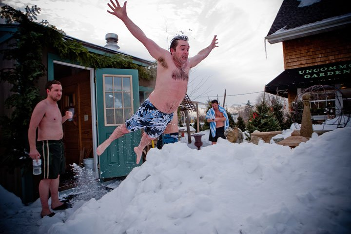 clint jumping in snow after sauna round