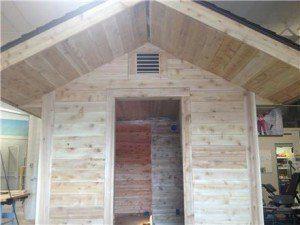 Students build and raffle a sauna for Upper Michigan Finn Fest